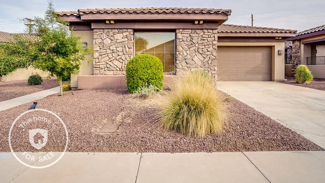 Photo 1 of 31 - 8213 S 19th Way, Phoenix, AZ 85042