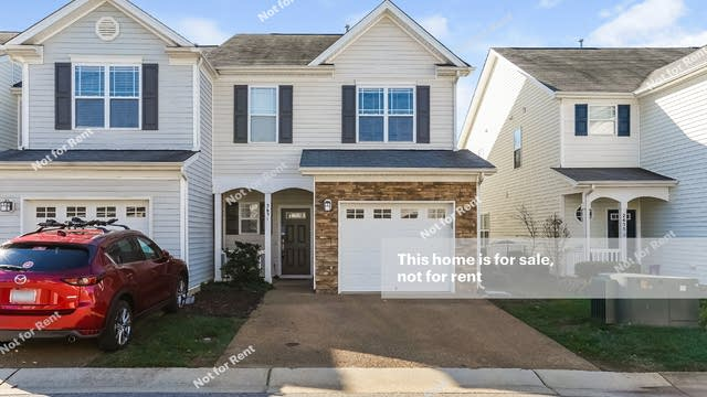 Photo 1 of 25 - 2631 Asher View Ct, Raleigh, NC 27606