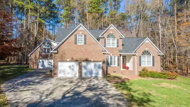 Photo 1 of 30 - 4816 Bartwood Dr, Raleigh, NC 27613