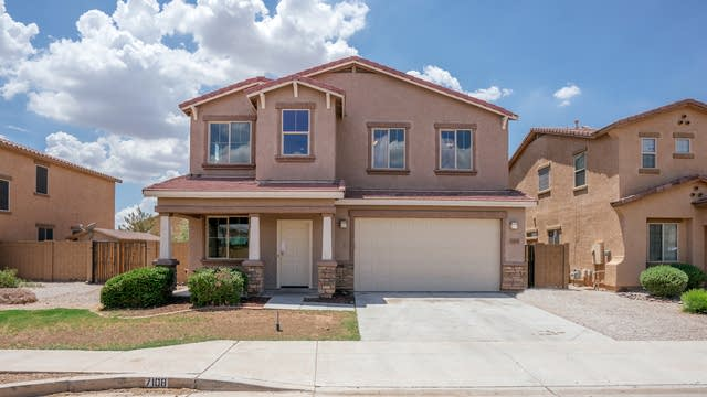 Photo 1 of 34 - 7108 S 70th Dr, Phoenix, AZ 85339