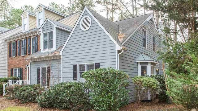 Photo 1 of 30 - 6009 Epping Forest Dr, Raleigh, NC 27613