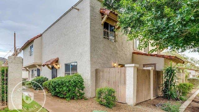 Photo 1 of 17 - 8849 N 12th Pl, Phoenix, AZ 85020