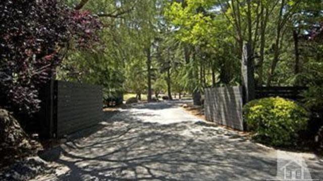 Photo 1 of 30 - 1666 Hidden Valley Rd, Thousand Oaks, CA 91361