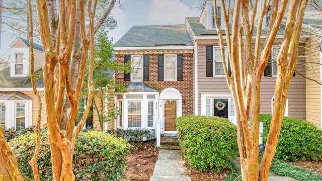 Photo 1 of 19 - 4536 Hamptonshire Dr, Raleigh, NC 27613