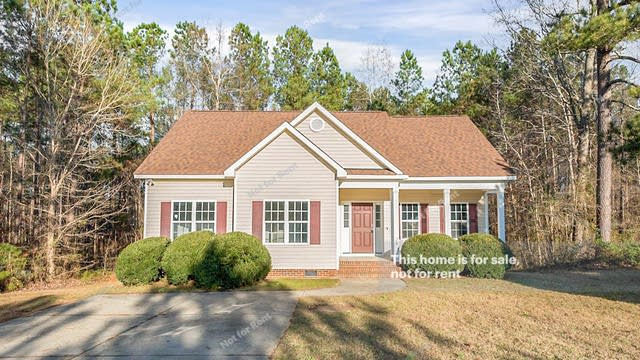 Photo 1 of 17 - 20 Richmond Pl, Youngsville, NC 27596