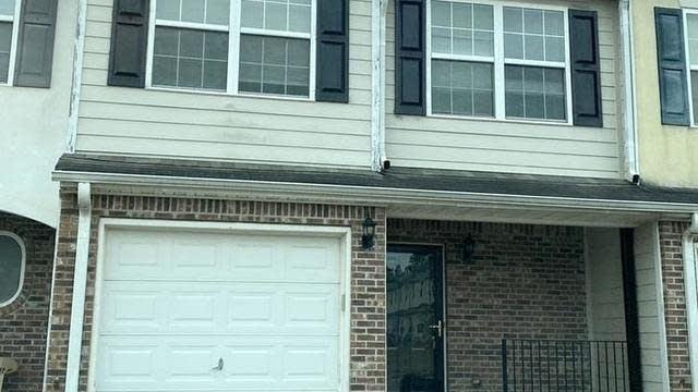 Photo 1 of 17 - 663 Georgetown Ln, Jonesboro, GA 30236