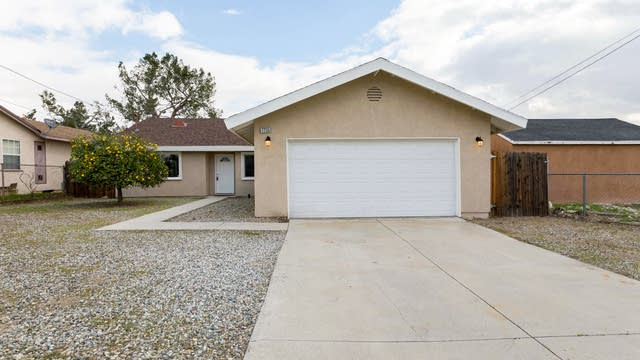 Photo 1 of 13 - 7755 Cypress Ave, Fontana, CA 92336
