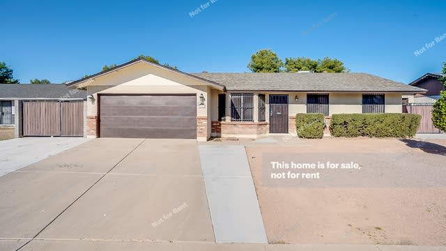 Photo 1 of 15 - 2848 E Escondido Ave, Mesa, AZ 85204