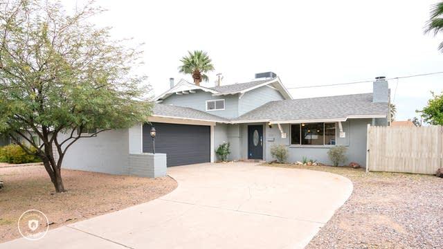 Photo 1 of 26 - 3907 E Becker Ln, Phoenix, AZ 85028