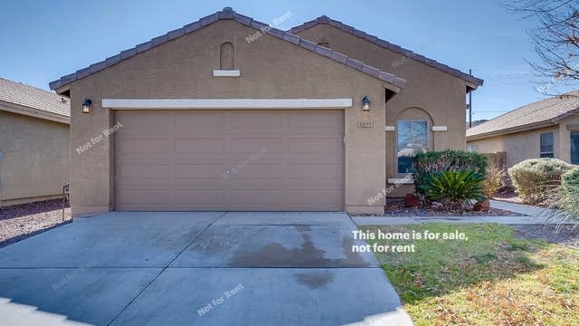 Photo 1 of 17 - 1181 W Desert Seasons Dr, San Tan Valley, AZ 85143