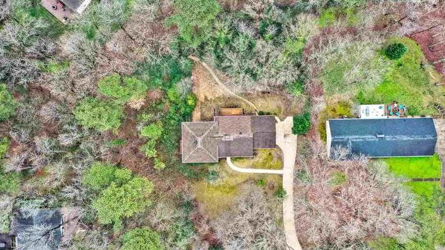 Photo 1 of 23 - 8604 Evergreen Ct, Raleigh, NC 27613