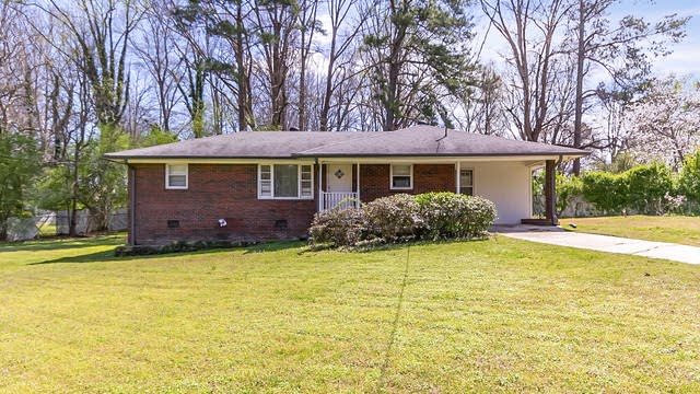 Photo 1 of 25 - 4895 Sweet Valley Rd SW, Mableton, GA 30126