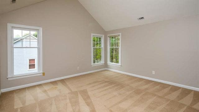 Photo 1 of 30 - 5708 Harrington Grove Dr, Raleigh, NC 27613