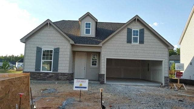 Photo 1 of 21 - 509 Richlands Cliff Dr, Youngsville, NC 27596