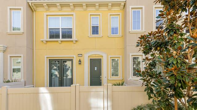 Photo 1 of 25 - 1621 E Lincoln Ave, Anaheim, CA 92805