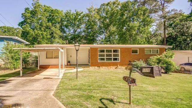 Photo 1 of 14 - 1110 Tanglewood Rd, Jonesboro, GA 30236
