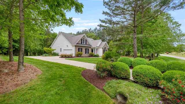 Photo 1 of 30 - 20 Little River Ct, Youngsville, NC 27596