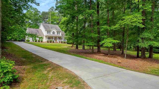 Photo 1 of 30 - 105 Colonial Dr, Youngsville, NC 27596