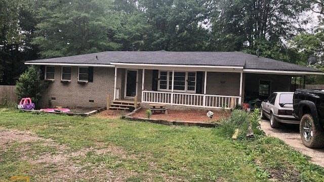 Photo 1 of 29 - 1841 Freeman Rd, Jonesboro, GA 30236