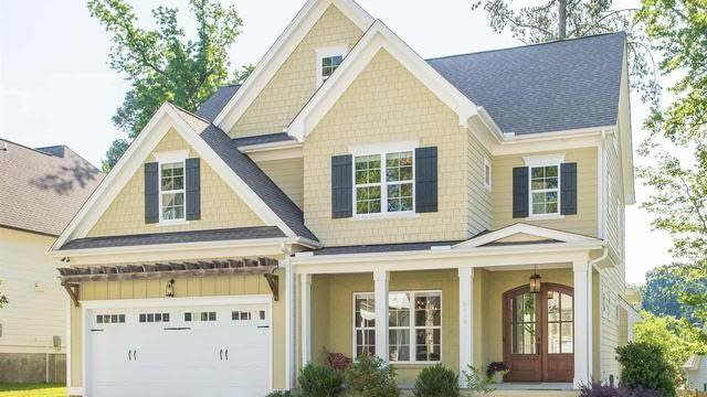Photo 1 of 30 - 6410 Rosny Rd, Raleigh, NC 27613