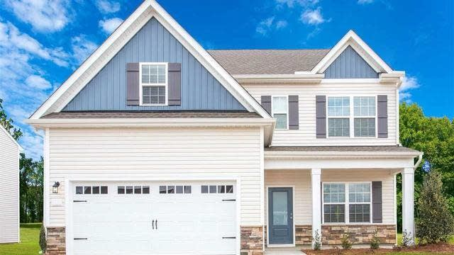 Photo 1 of 11 - 315 Legacy Dr, Youngsville, NC 27596