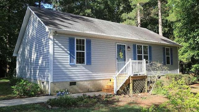 Photo 1 of 18 - 191 Mill Creek Dr, Youngsville, NC 27596