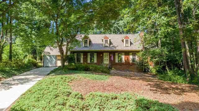 Photo 1 of 30 - 8613 Wood Lawn Dr, Raleigh, NC 27613
