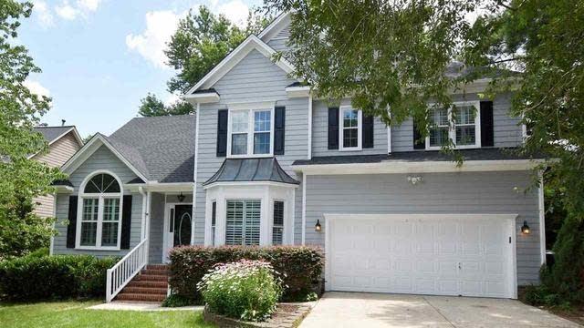 Photo 1 of 22 - 5333 Harrington Grove Dr, Raleigh, NC 27613