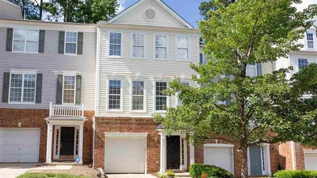 Photo 1 of 20 - 5548 Red Robin Rd, Raleigh, NC 27613
