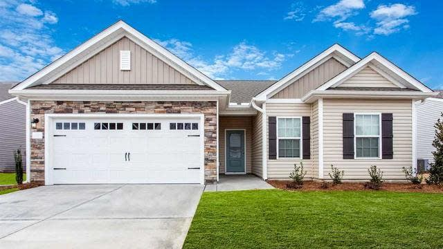 Photo 1 of 17 - 390 Legacy Dr, Youngsville, NC 27596