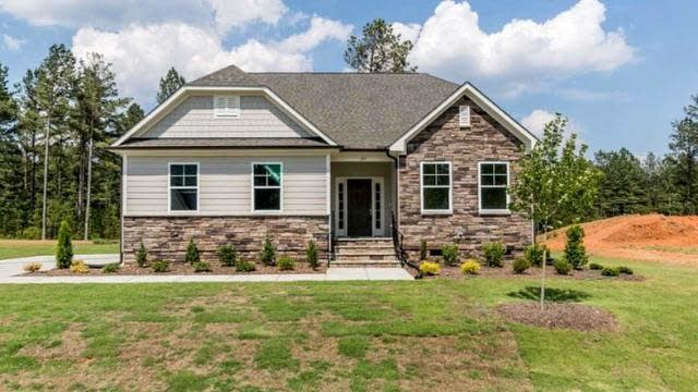 Photo 1 of 30 - 170 Green Haven Blvd, Youngsville, NC 27596