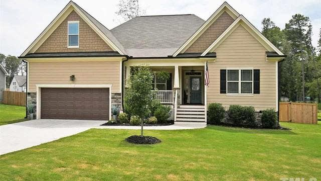 Photo 1 of 30 - 305 Paddy Ln, Youngsville, NC 27596