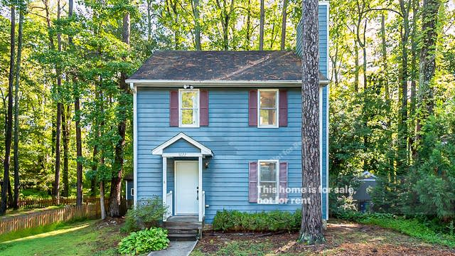Photo 1 of 18 - 5022 Simmons Branch Trl, Raleigh, NC 27606