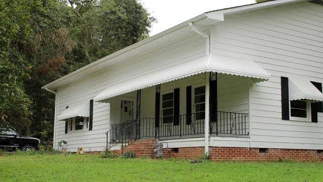 Photo 1 of 27 - 151 College St #0, Jonesboro, GA 30236
