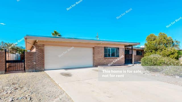 Photo 1 of 27 - 8801 E Colette St, Tucson, AZ 85710