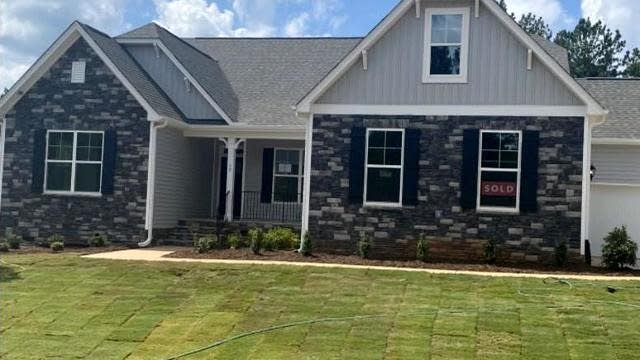 Photo 1 of 4 - 50 Green Haven Blvd, Youngsville, NC 27596