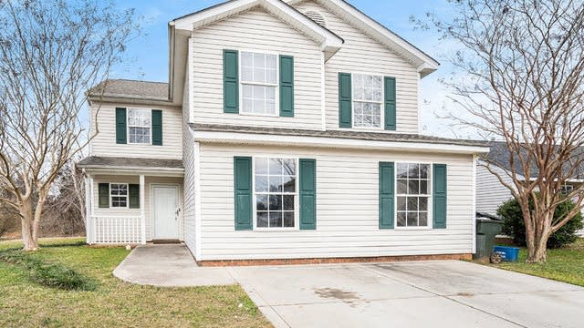 Photo 1 of 18 - 1698 Hardy Dr, Rock Hill, SC 29732
