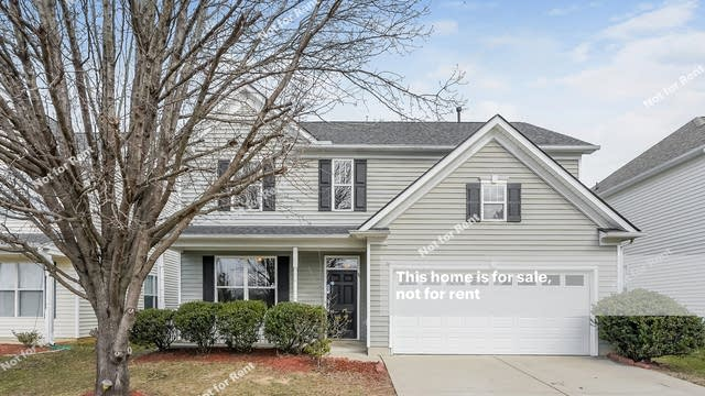 Photo 1 of 27 - 258 Stobhill Ln, Holly Springs, NC 27540