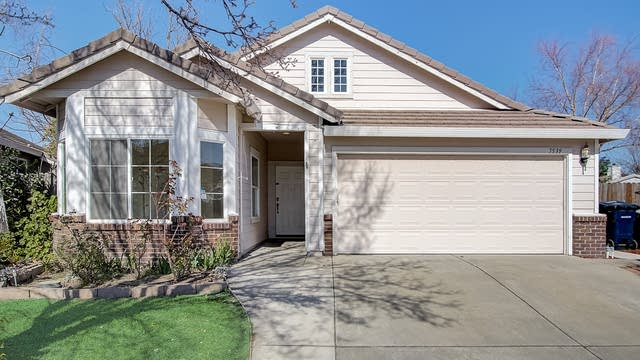 Photo 1 of 32 - 7539 Shelby St, Elk Grove, CA 95758