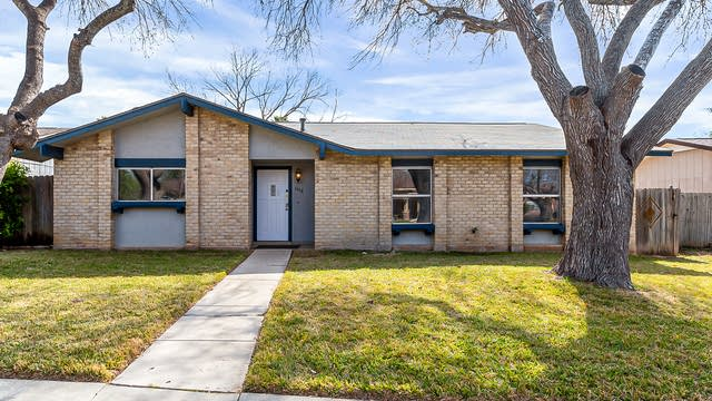 Photo 1 of 19 - 6618 Spring Garden St, San Antonio, TX 78249