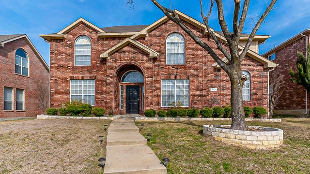 Photo 1 of 29 - 213 Chaparral Dr, Sunnyvale, TX 75182