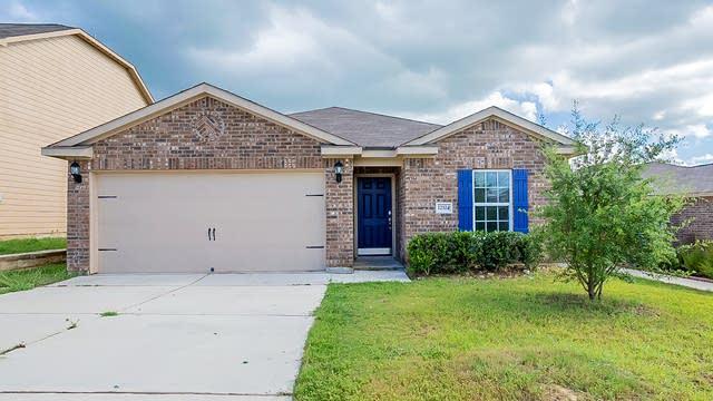 Photo 1 of 18 - 12324 Claiborne, San Antonio, TX 78252