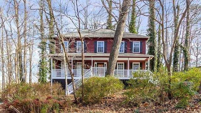 Photo 1 of 26 - 2654 Forest Glen Dr NE, Marietta, GA 30066