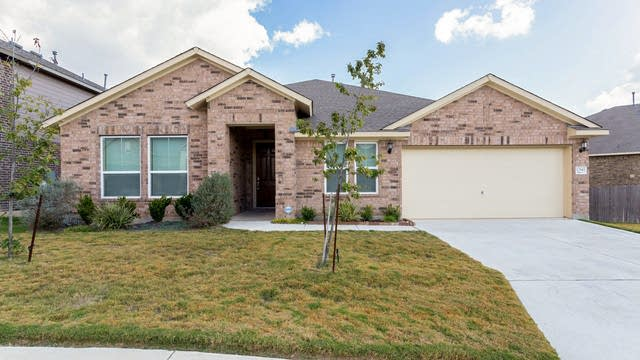 Photo 1 of 28 - 12845 Ozona Rnch, San Antonio, TX 78245