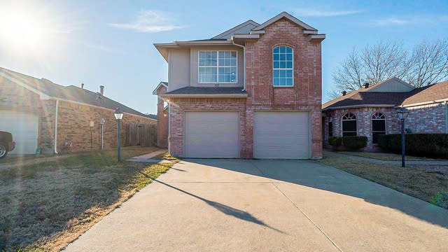 Photo 1 of 19 - 5115 Whitehaven Dr, Garland, TX 75043