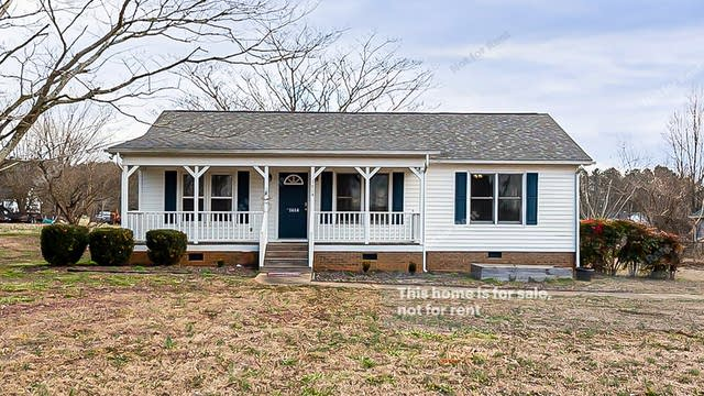 Photo 1 of 20 - 1614 Indian Camp Rd, Clayton, NC 27520