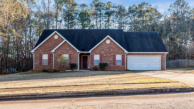 Photo 1 of 20 - 911 Vernon Dr, McDonough, GA 30252