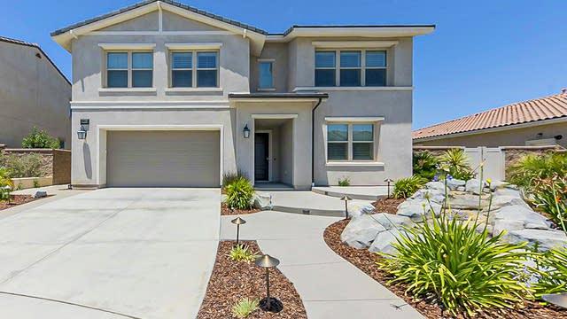 Photo 1 of 37 - 30664 Aspen Glen St, Murrieta, CA 92596