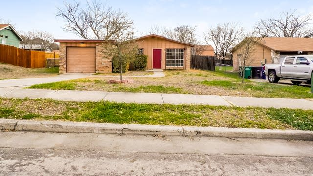 Photo 1 of 27 - 4631 Avenida Prima St, San Antonio, TX 78233