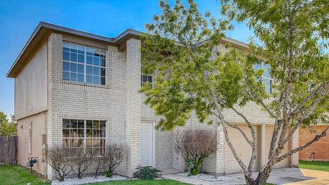 Photo 1 of 37 - 1706 Willow Bluff Dr, Pflugerville, TX 78660